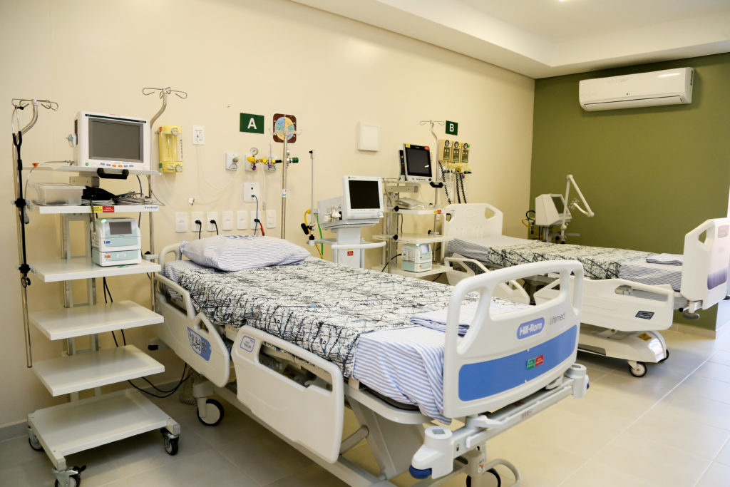 Hospital Universitário tem dez novos leitos de UTI para Covid