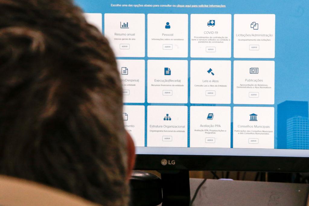 Cidadania e política se entrelaçam no Portal da Transparência