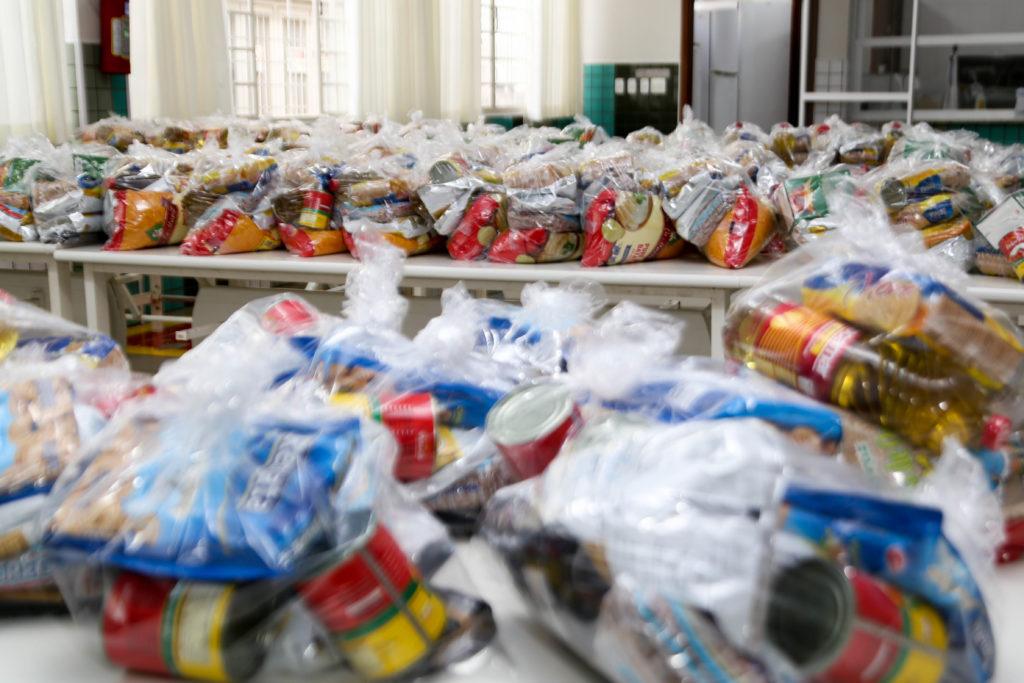 Distribuição de kits de alimentação chega à segunda etapa em Maringá