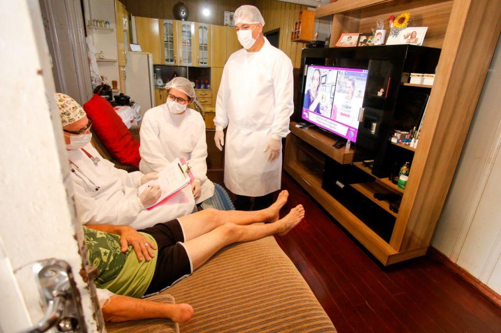 Atendimento médico domiciliar traz mais saúde para Maringá
